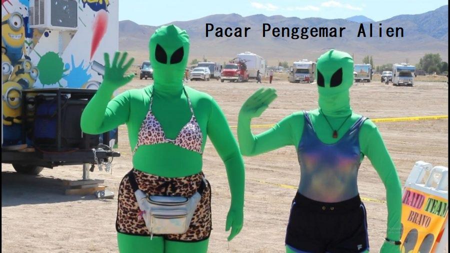 Pacar Penggemar Alien